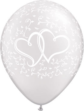 Entwined Hearts Pearl White Latex Round 11in/27.5cm