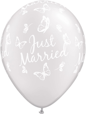 Just Married Roses and Butterflies Pearl White Latex Round 11in/27.5cm