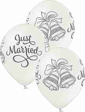 Just Married Bells Metallic Pearl Latex Round 12in/30cm