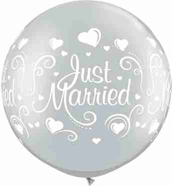 just married hearts metallic silver latex round 30in/75cm