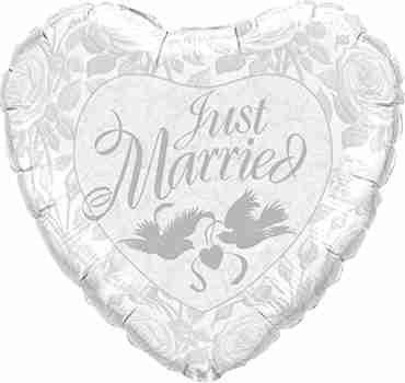 Just Married Pearl White and Silver Foil Heart 36in/90cm