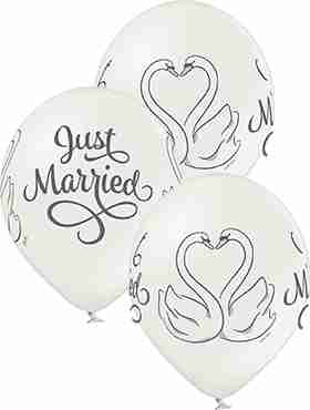 Just Married Swans Metallic Pearl Latex Round 12in/30cm